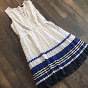 Banana Republic dress white w/ blue stripes sz 12